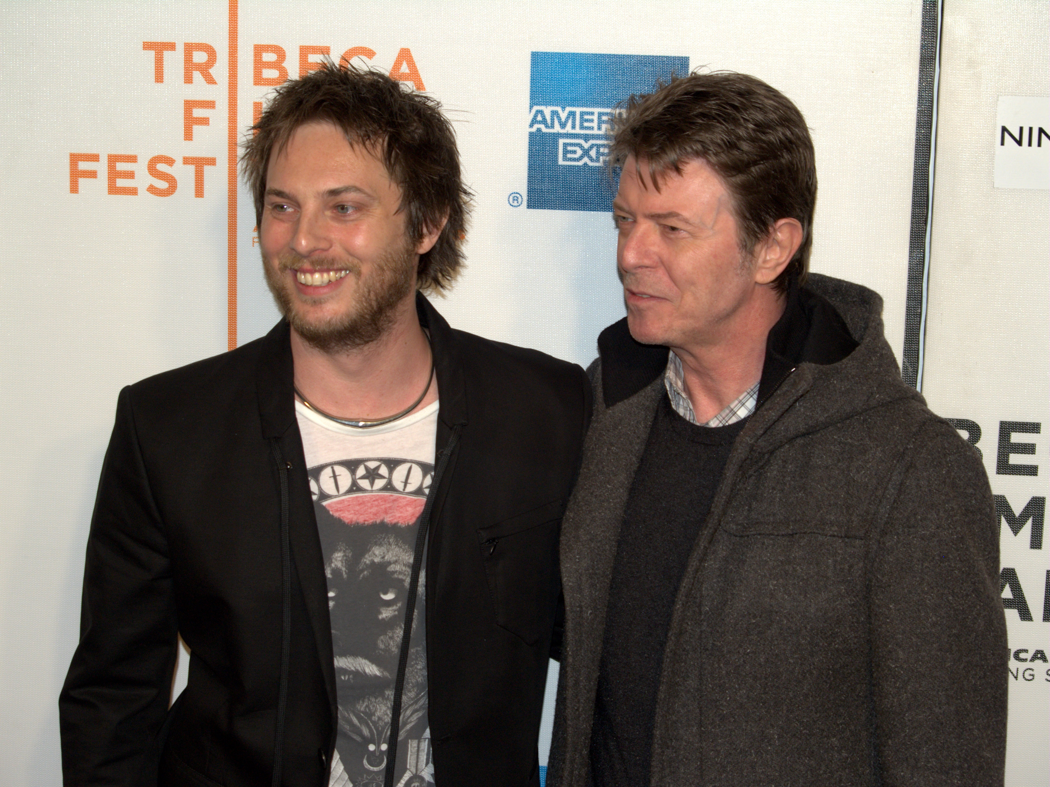 Duncan_Jones_and_David_Bowie_at_the_premiere_of_Moon