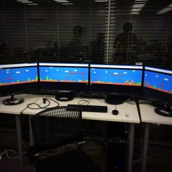 Prepare for awesome: Super Mario Bros on 4 monitors