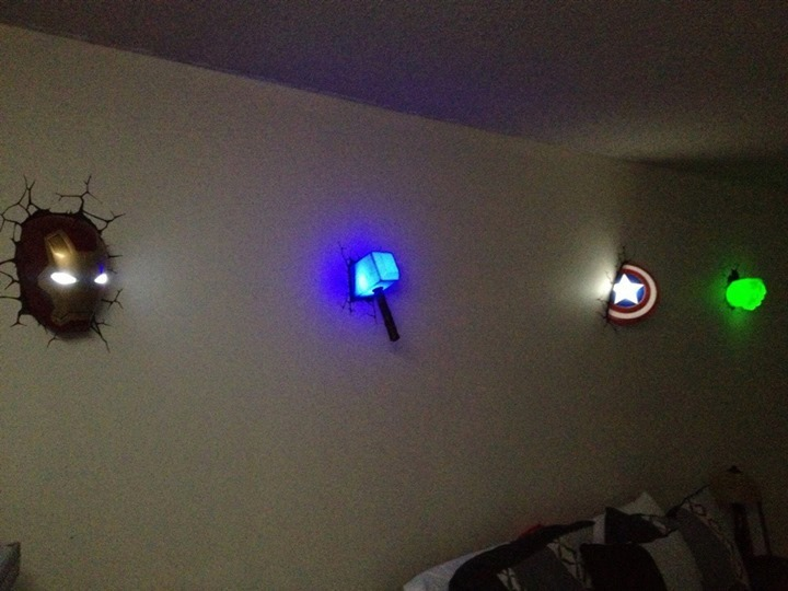 Superhero Neon Wall Lights : Superhero Week: Avengers 3D wall lights