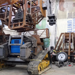 How will this end? USA challenges Japan to a giant robot duel