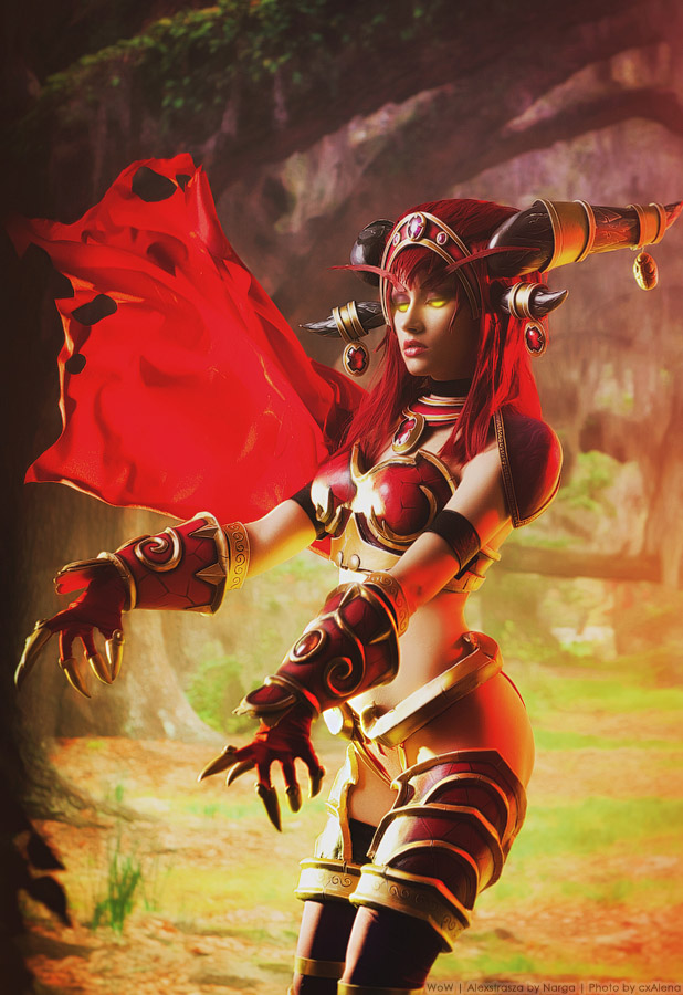 alexstrasza__queen_of_the_dragons_by_narga_lifestream-d7wsj5i