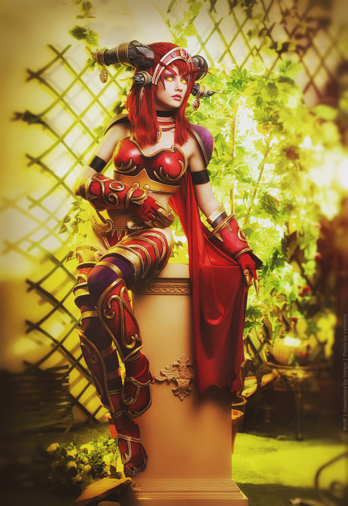 alexstrasza_the_dragonqueen_by_narga_lifestream-d85uonq