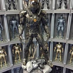 Behold this incredible Iron Man Xenomorph