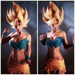 Rule 63 Goku storms this cosplay!