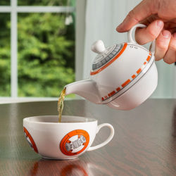 For the refined geek – a BB-8 tea set