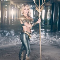 Superhero Week: Genderbent Aquaman cosplay